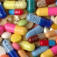 Viagra e gli altri, come 'salvarsi' on line dai farmaci contraffatti