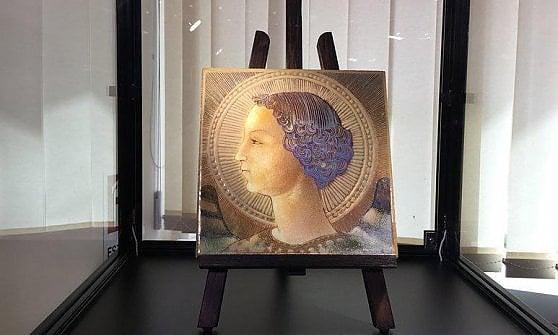 """Svelata maiolica che ritrae l'Arcangelo Gabriele. """"È la prima opera di Leonardo"""""""