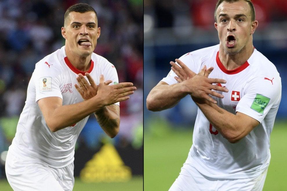 Xhaka e Shaqiri fanno il gesto dell'aquila: l'esultanza anti-serba dei kosovari svizzeri