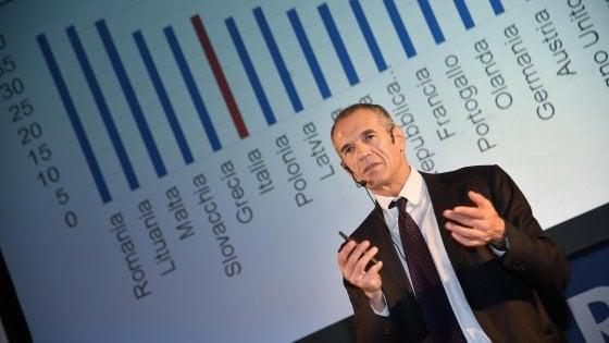 ll direttore dell'Osservatorio sui conti pubblici italiani dell'Università Cattolica, Carlo Cottarelli