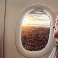 In vacanza con l'aereo, ma 7 italiani su 10 hanno paura di volare