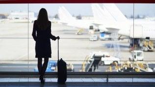 Tranquilli, allacciate le cinture:così si vince la paura dell'aereo
