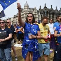 """Londra, la grande marcia degli anti Brexit. """"Ora un nuovo referendum"""""""