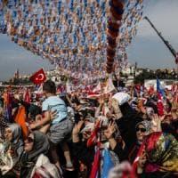 Turchia, a metà dello spoglio Erdogan al 56,5%