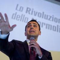 """Di Maio stoppa lo sciopero dei benzinai: """"Studiamo rinvio fatturazione elettronica"""""""