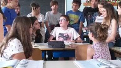"""""""Non è la solita pubblicità progresso"""": l'ironia di Jacopo contro l'esclusione"""