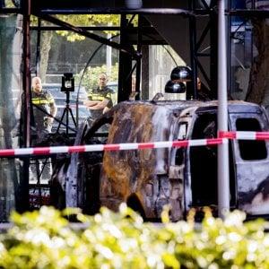 """Olanda, furgone contro sede del quotidiano Telegraaf: """"Attacco intenzionale"""""""