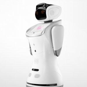 """Un robot all'asilo, l'esperto: """"Aiuta ad affrontare le terapie con tranquillità"""""""