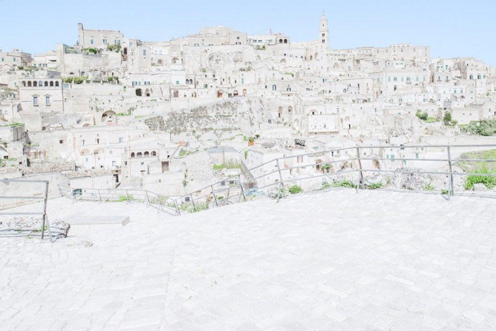Matera: le foto, come acquerelli, catturano la luce della città dei Sassi