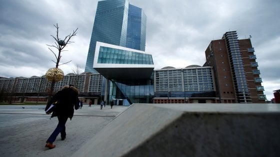 Pensioni, la Bce avverte l'Italia: elevato rischio dalle riforme