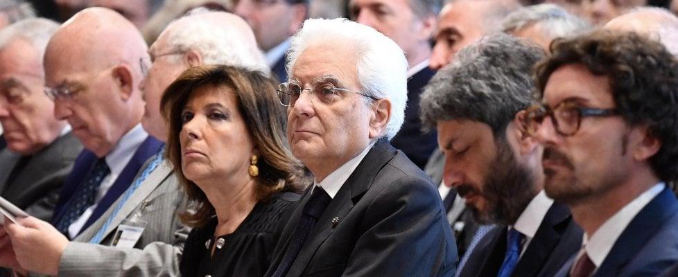 """Vitalizi, M5S contro Casellati: """"Schiaffo ai cittadini"""". Presidente Senato: """"No riserva politica, serve equilibrio giuridico"""""""