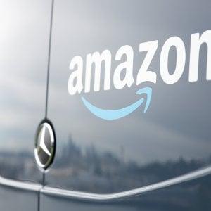 Amazon consegnerà anche le medicine: inizia la guerra alle farmacie
