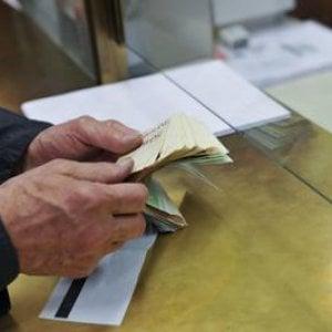Stop agli stipendi in contanti: da oggi solo pagamenti tracciabili