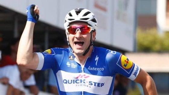 Ciclismo, campionati Italiani: Viviani non si ferma più, la maglia tricolore è sua
