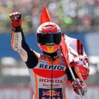 MotoGp, spettacolo ad Assen: Marquez vince e allunga, Dovizioso quarto e Rossi 5°