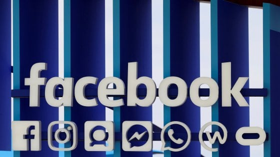 Facebook: accordi con 52 big per condividere dati anche dopo il 2015