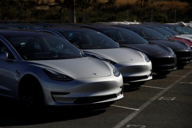 Tesla Model 3, la fabbrica a pieno regime