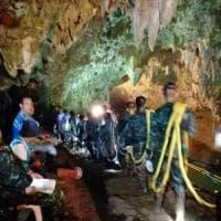 """""""Nella grotta thailandese il pericolo viene dall'acqua"""". Ecco come avviene il soccorso..."""