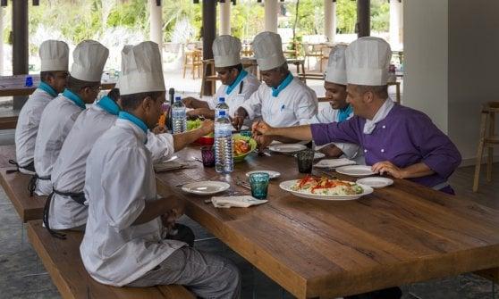 Mozzarella, basilico e tanta pasta: ecco l'avamposto italiano nel cuore delle Maldive