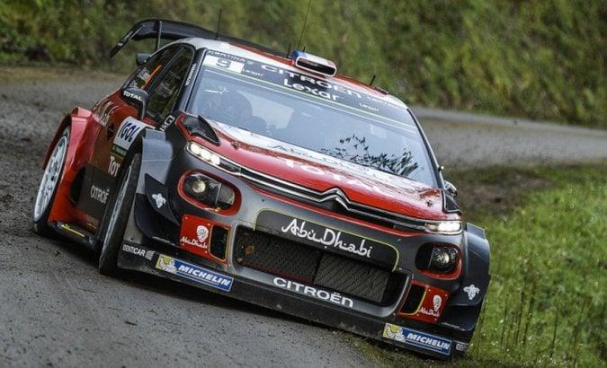 Il grande ritorno con i colori Citroën della coppia Loeb-Elena