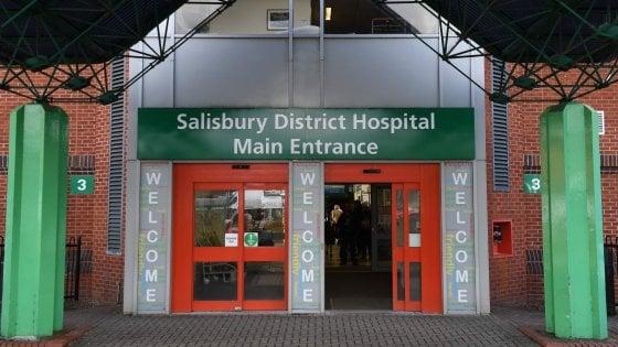 Due intossicati da sostanza sconosciuta a Salisbury