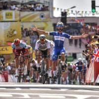 Tour de France, Froome cade alla prima: Nibali guadagna 50''. Sprint e gialla per Gaviria