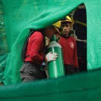 Thailandia, i primi soccorsi: ecco cosa accade quando i ragazzi escono dalla grotta