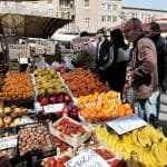 Cresce la spesa degli italiani per il cibo, ma calano le imprese agricole