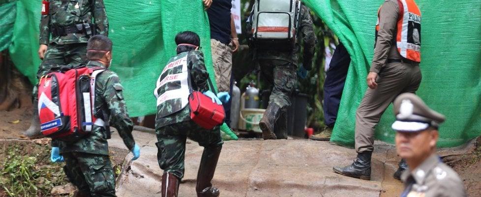 Thailandia,fuori altri quattro ragazzi. Operazione sospesa per oggi, salvi in otto