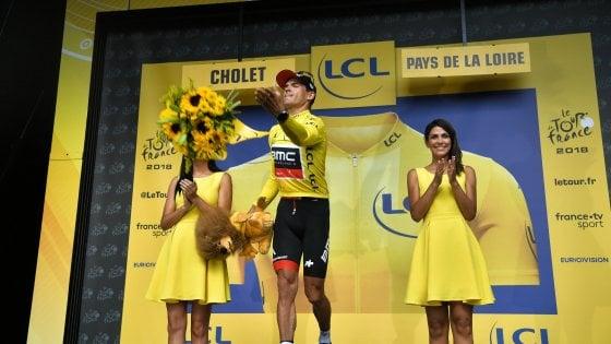 Tour de France: cronosquadre alla Bmc, van Avermaet in giallo. Fischi per Sky e Froome, Nibali rischia ma si salva