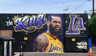 Basket, Nba: ufficiale James-Lakers. Magic Johnson: ''È il migliore del pianeta''