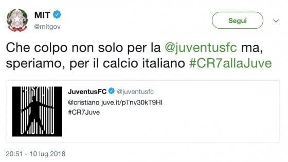 """Il Ministero dei Trasporti twitta: """"Che colpo Ronaldo alla Juve"""", poi il post viene cancellato"""