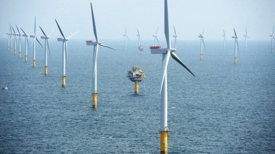Rinnovabili sempre più convenienti, Londra mette il nucleare in standby