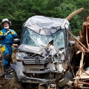 Le alluvioni piegano il Giappone: 179 morti