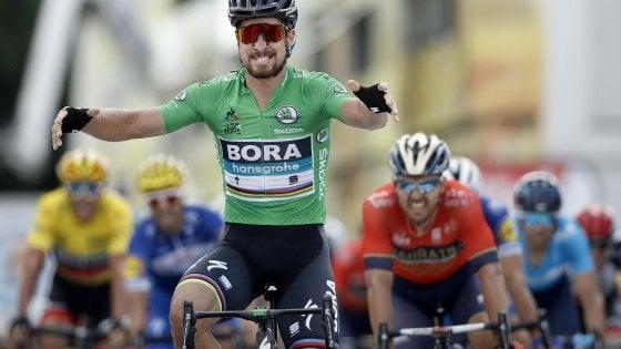Tour de France, Sagan vince nel giorno da classica: Colbrelli ancora secondo