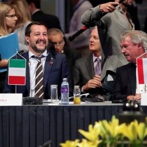 """Intesa con Austria e Germania sui migranti. Salvini: """"La Ue riconosca come sicuri i porti libici e intervenga sulle Ong"""""""