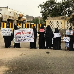 """Yemen,  sparizioni e torture nei centri di detenzione. La denuncia di Amnesty: """"Crimini di guerra"""""""