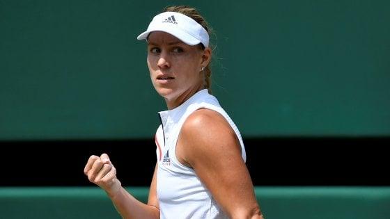 Tennis, Wimbledon: Angelique Kerber vola in finale: Ostapenko sconfitta