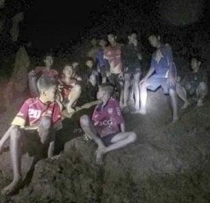 La storia dei ragazzi intrappolati nella grotta sarà un film, anzi due