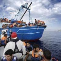 Migrazioni, soccorso ai profughi, Ong e migranti: ecco cosa dicono i militari