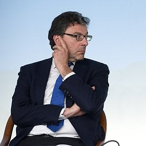 L'Universiade di Napoli è salva. Giochi 2026, Malagò scrive ai sindaci di Milano, Torino, Cortina
