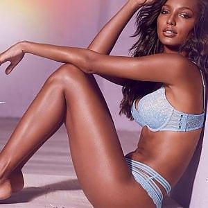 Victoria's Secret, giù le vendite dei suoi segreti
