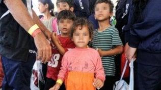 """Minorenni immigrati (e non) abbandonati: per loro i fondi destinati ai """"neomaggiorenni"""""""