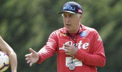 Lainer, Sabaly o D'Ambrosio Ancelotti aspetta un terzino