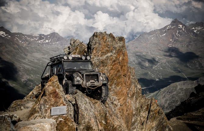 007 Elements, Spectre si sposta sulle Alpi