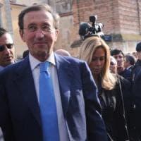 Gianfranco Fini a giudizio per riciclaggio con la compagna, il suocero, il cognato e...