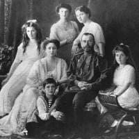"""Russia, cento anni fa la strage dei Romanov. """"Quei resti sono della famiglia dello zar"""""""