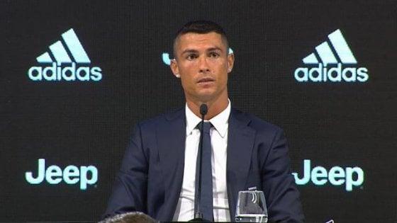Juventus, per Ronaldo appuntamento a Villar Perosa. Via alle cessioni: Higuain e Rugani verso il Chelsea