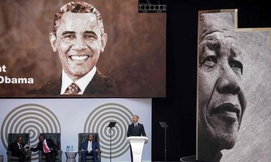 """Obama, omaggio a Mandela guardando anche a Trump: """"Attenti alla politica dell'uomo forte"""""""