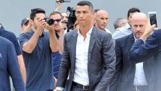 """Ronaldo: """"Lascerò un segno nella storia della Juve""""Primo incontro con la squadra · video"""